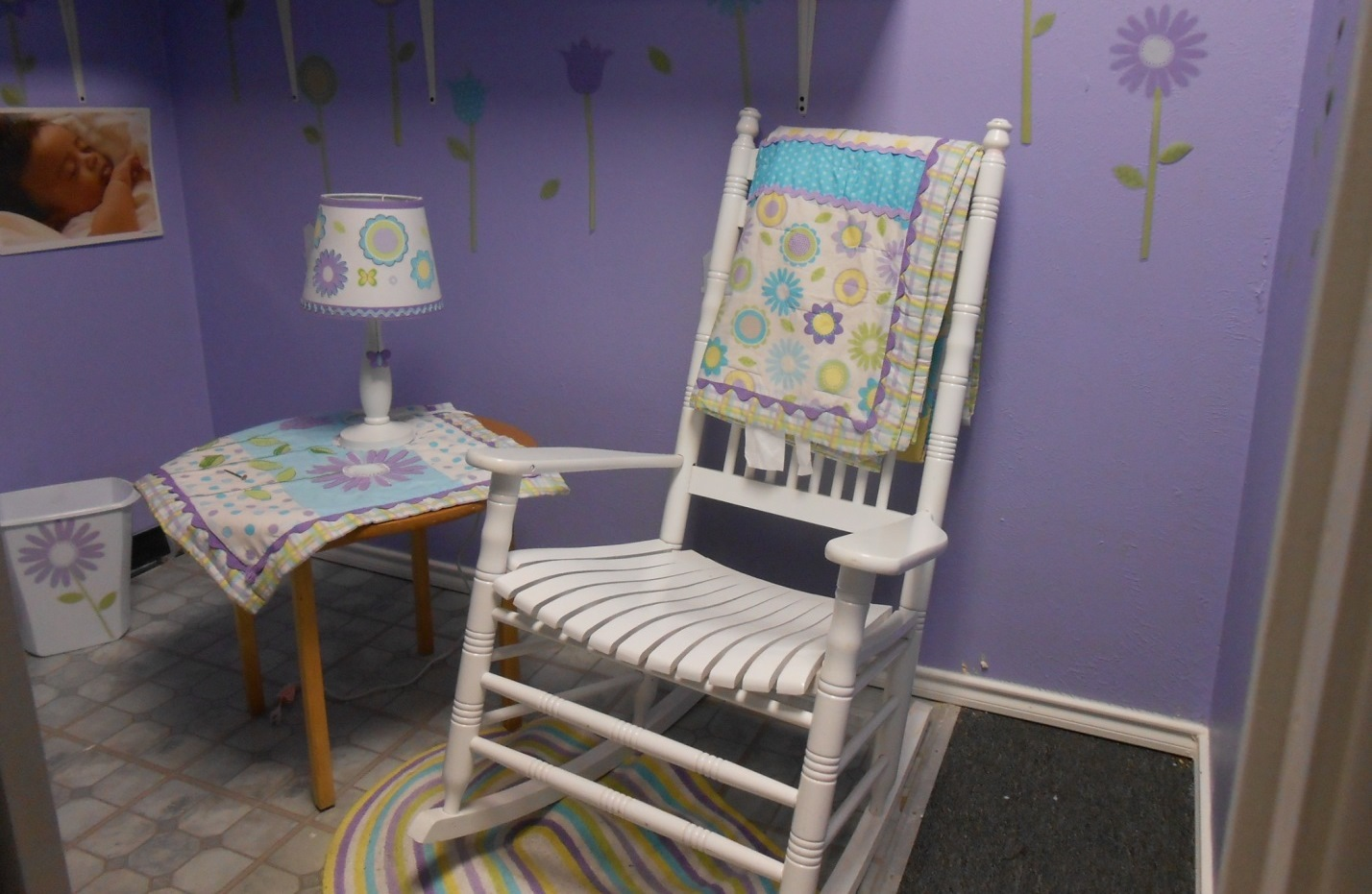 Breastfeeding room example